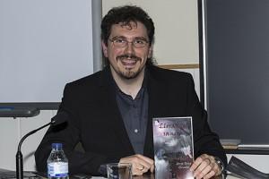 Presentación de la novela de misterio y suspense sobrenatural Llorando sangre